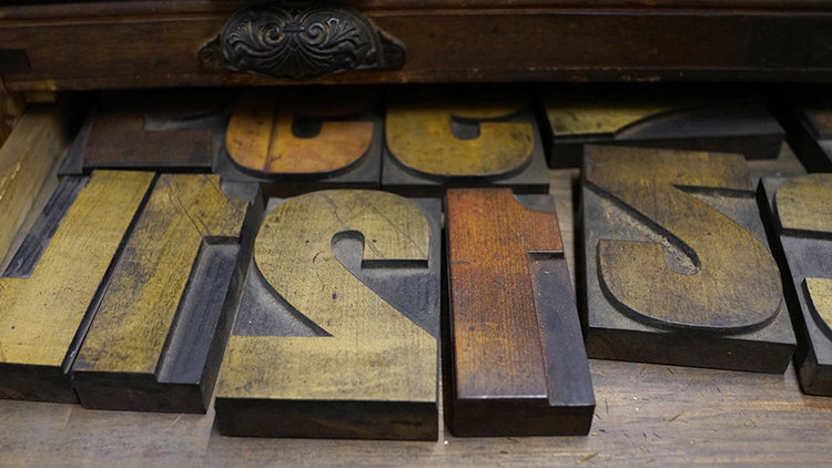 TheTypeArchive_WoodType