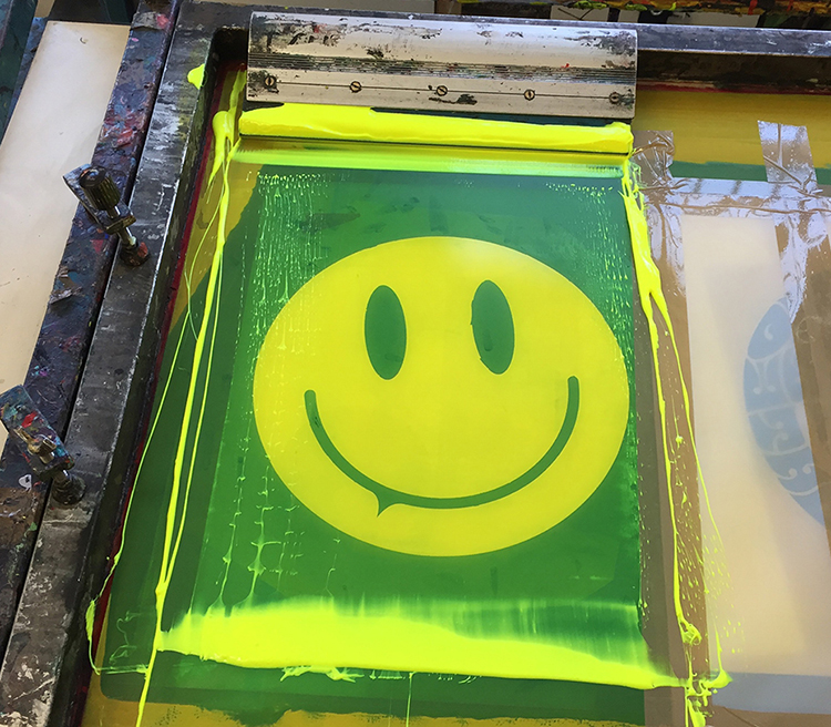 Smiley Lettering print